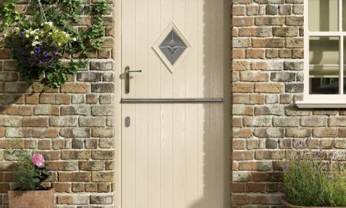 stable-door-cream-with-diamond-1